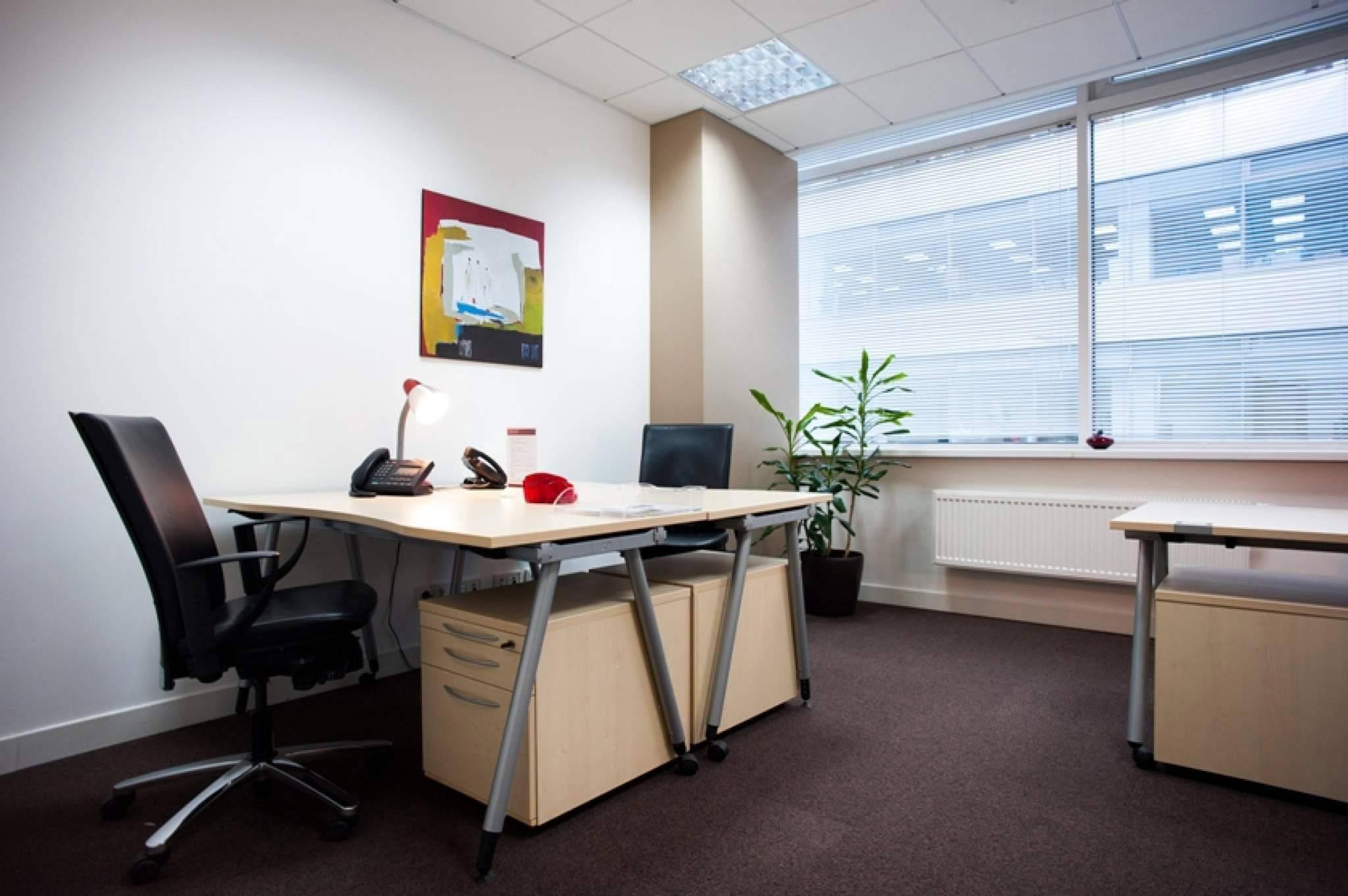 Аренда маленького офиса.Москва офисные помещения под ключ Маленковская улица